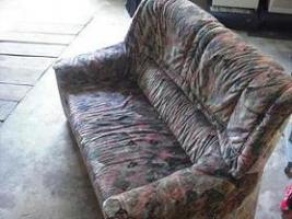 2er und 3er Sofa günstig abzugeben