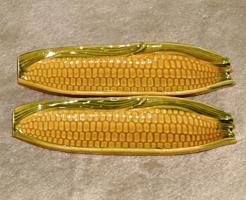2x Geschirr in Maiskolbenform, gebraucht