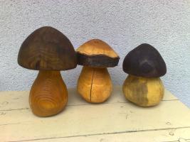 3 Holzpilze / Gartendekoration