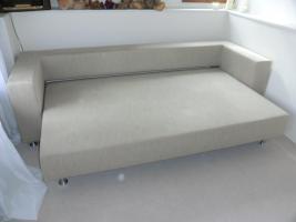 3 sitzer schlafsofa ligne roset in niddatal 3 sitzer bettfunktion grau silber textil. Black Bedroom Furniture Sets. Home Design Ideas