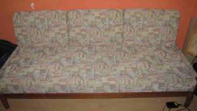 3-Sitzer - Schlafcouch mit aufklappbarer Sitzfläche