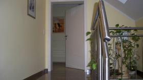 Foto 3 3 ZKB-Traumwohnung mit 2 Balkonen und Panoramablick zu vermieten!