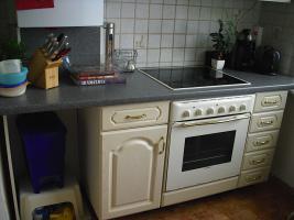 Foto 4 3 Zi- Altbauwohnung in Bad Schwartau * Provisionsfrei* 01.11.12