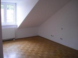 Foto 5 3 Zimmer Penthouse Wohnung *Provisionsfrei* ab sofort frei