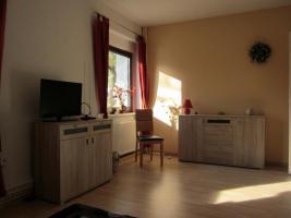 Foto 2 3 Zimmer Whg hell+freundlich EBK Klimaanlage Bad Sauna Garten ohne Provision