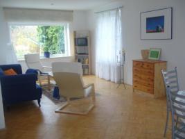 Foto 4 3 Zimmerwohnung(Blick �. Holsteinische Schweiz) u. Pferdebox frei