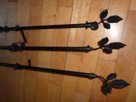 Foto 2 3 schwarze Metallvorhangstangen zu verkaufen