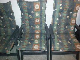 Foto 5 3 stabile Gartenstühle von Sieger + 1 blauer Stuhl+ wer mag 3 Auflagen