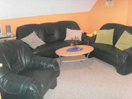 3-teilige Couchgarnitur in dunkelgrün aus Kunstleder
