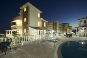 Foto 2 3+1 Luxus-Villa in Alanya-Incekum mit Meeresblick im Naturschutzgebiet