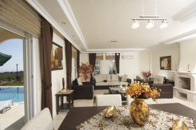 Foto 8 3+1 Luxus-Villa in Alanya-Incekum mit Meeresblick im Naturschutzgebiet