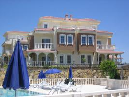 Foto 14 3+1 Luxus-Villa in Alanya-Incekum mit Meeresblick im Naturschutzgebiet