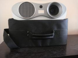 3M Beamer Piccolo S10 LCD Beamer / Projektor (inkl.Neue Lampe)