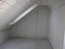 Foto 4 3,5 Zimmer Möbliert, 16 Bahnminuten vom HBF Köln in Pulheim