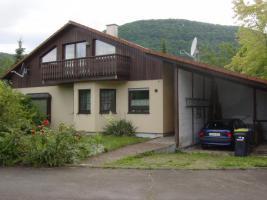 3,5 Zimmerwohnung mit Kachelkamin-Ofen in ruhiger Aussichtslage Kaltmiete: 590 EUR