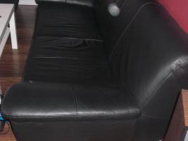 Foto 2 3- Sitzer Ledersofa und Sessel