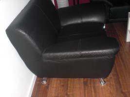Foto 4 3- Sitzer Ledersofa und Sessel