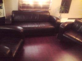 3er Ledercouch mit 2 Sessel