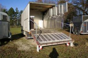 Foto 2 3er Pferdetransporter inkl. Wohnkabine