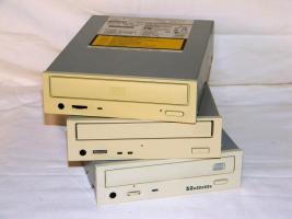 3x CD/ RW Brenner von Sony Teac Liteon