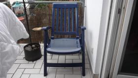Foto 2 4 Gartenstühle