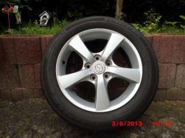4 Mazda-Stahlfelgen