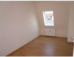 Foto 4 4-Raum-Mietwohnung mit Balkon in Striesen