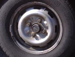 4 Stahlfelgen 145 R 12, 4 Loch ohne Schrauben, mit Sommerbereifung, Nissan Micra (Abbildung ähnlich),  weisse.blume@hotmail.de