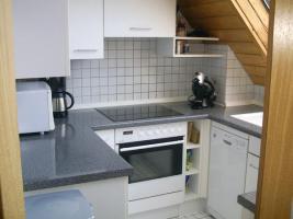 Foto 8 4-Zi-DG-Maisonette-Wohnung in Aichtal-Gr�tzingen mit Sichtgeb�lk, 2 Designerb�dern, Kaminofen