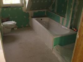 Foto 2 4 Zimmer DG-Wohnung / keine zusätzliche Provision
