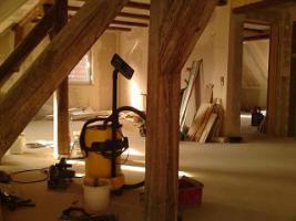 Foto 3 4 Zimmer DG-Wohnung / keine zusätzliche Provision