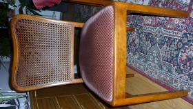 4 alte Stühle gut erhalten
