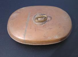 Foto 2 4 antike Bettwärmer und ein antiker Bauch- oder Nierenwärmer