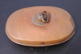 Foto 3 4 antike Bettwärmer und ein antiker Bauch- oder Nierenwärmer