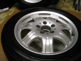 Foto 10 4 gebrauchte Michelin Primacy Pilot Sommerkompletträder SLK Mercedes Benz  incl. 7 Speichen Leichtschmiedefelge 16 Zoll