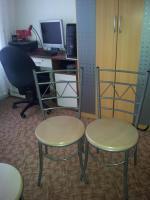 Foto 2 4 sehr gute stuhle fur kuche oder balkon