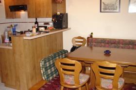 Foto 2 4.5 Zimmerwohnung mit Gartensitzplatz