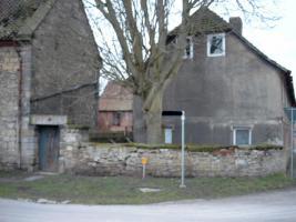 4 - Seiten Bauernhof weit unter Grundstückswert nahe der Autobahn 2