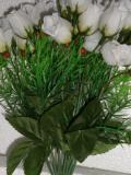 5 Rosen mit je 3 halboffenen Blüten