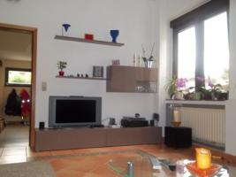 Foto 3 5 Zimmer Doppelhaushälfte zum Kauf mit ca. 900 qm Grundstück
