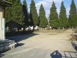 Foto 2 511 m2 Betrieb zu verkaufen