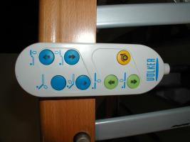 Foto 3 55 elektrische V�lker Pflegebetten Typ 3010 - gebraucht