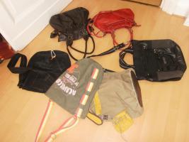 Foto 2 6 Hand Taschen (3 Leder)
