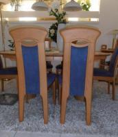 6 Massive Erle-Stühle mit hochwertigem Alcantara-Bezug
