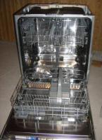 8 Monate alte Electrolux Spülmaschine zu verkaufen mit Garantie