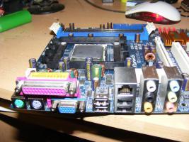 Foto 2 939 mainboard AMD Athlon 64 3500+, 2.2 GHz