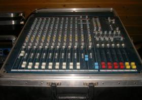 Foto 3 ALLEN & HEATH MixWizard WZ3 14:4:2 19'' Rack-Mixer