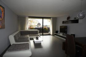 Foto 2 AM UNTERBACHER SEE - Komplett möblierte Wohnung im Grünen! Schwimmbad/Sauna/Tennisplätze