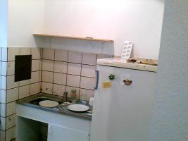 Foto 3 ANGEBOT: Küche gg. Renov.Arbeiten. 3 Zi. ca. 700 €warm. prov.frei
