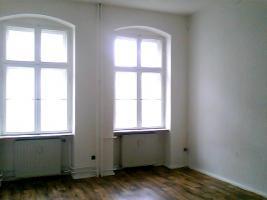 Foto 7 ANGEBOT: Küche gg. Renov.Arbeiten. 3 Zi. ca. 700 €warm. prov.frei
